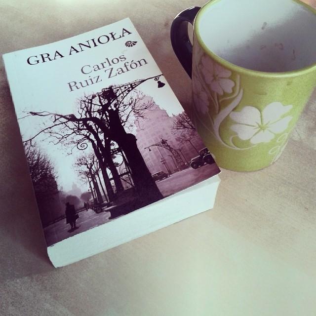 "Carlos Ruiz Zafon — ""Gra Anioła"" (Recenzja książki)"