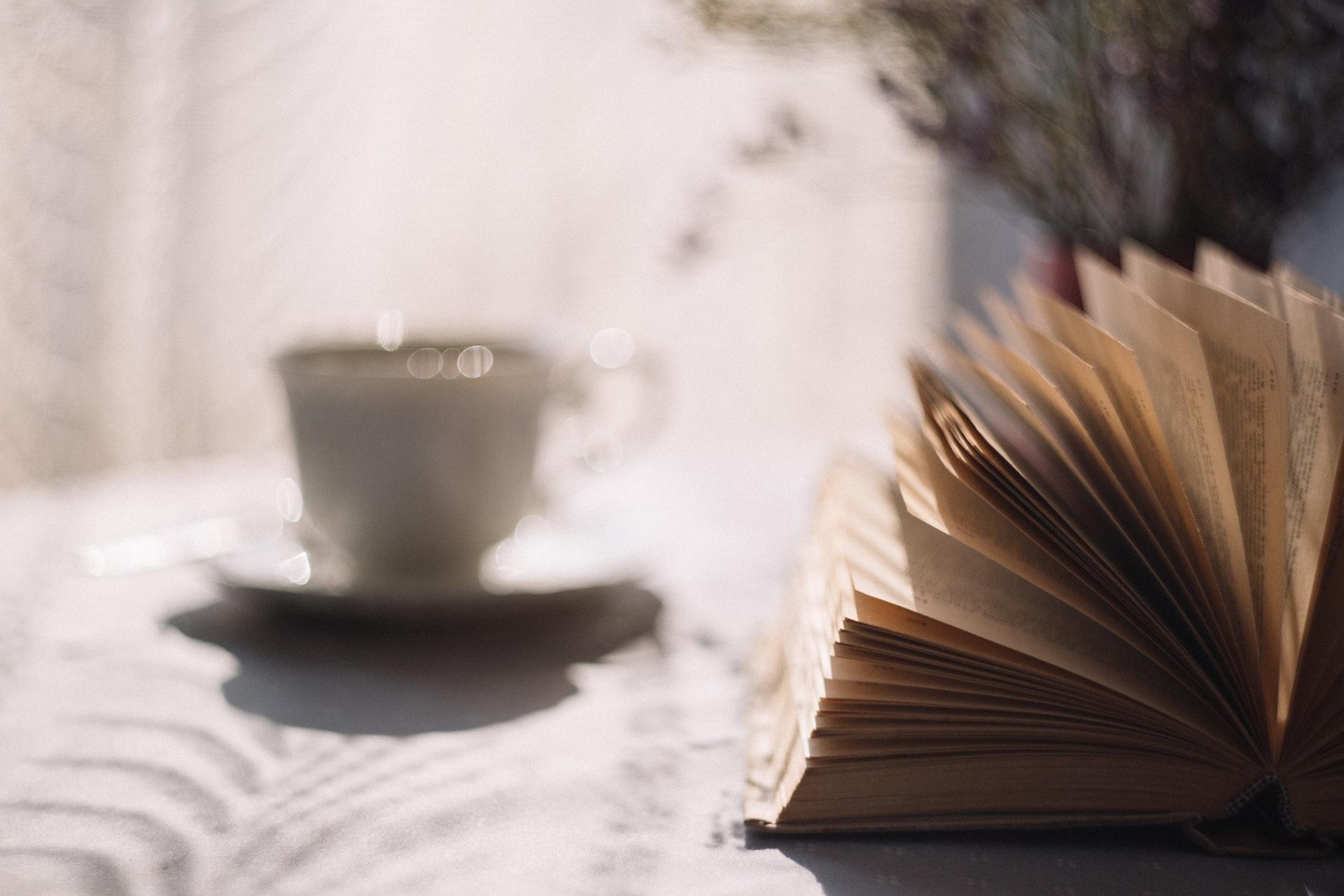 5 banalnych sposobów, żeby więcej czytać