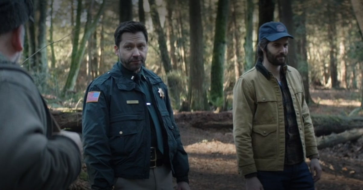 Jim Strugess i Michael Weston (klatka z serialu Home Before Dark)